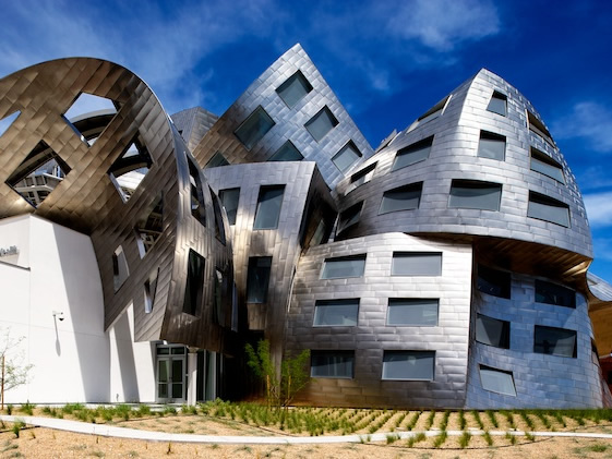 Stand Out From The Crowd Frank Gehry S Dreamlike Lou Ruvo